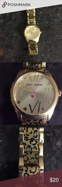 Leopard gold Betsey Johnson watch Gold with leopard print Betsey Johnson watch. In perfect condition, only worn a couple times. Does need a new battery. Betsey Johnson Jewelry