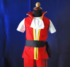 Captain Hook Top or Top&Shorts - Hook Costume - Neerland Costume- Disney Cruise Pirate- Hook Outfit - Peter Pan to Baby First Halloween, Disney Halloween, Halloween Outfits, Halloween Kids, Halloween Costumes, Halloween 2017, Halloween Stuff, Happy Halloween, Halloween Party