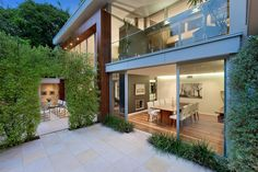 modern residence with two two-storey pavilions