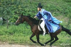 Arang And The Magistrate, Lee Jun Ki, Chongqing, Wuhan, Beijing, Riding Helmets, Asia, Museum, Horses