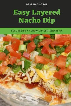 Worlds best (easy) nacho dip recipe. This easy layered nacho dip with cream cheese is so quick to make. You can whip it up before any big game, potluck, or event. For everyone who loves Nacho dip! PIN for later for the BEST nacho dip recipe ever! Easy Nacho Dip Recipe, Dip Recipes, Side Dish Recipes, Game Recipes, Appetizer Recipes, Dinner Recipes, Nachos, Layered Nacho Dip, Super Bowl Essen