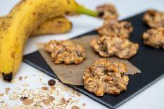 Ovseno-banánové cookies s proteínom Sweet Desserts, Granola, Protein, Good Food, Food And Drink, Smoothie, Low Carb, Vegan, Cookies