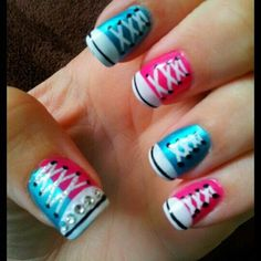 Sneaker fingernails - I'm kind of loving this for summer but on only one nail. The rest in French or pink
