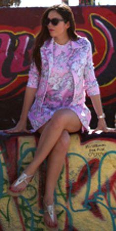 Irene Colzi Crossed legs