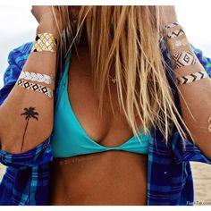 Nu bij www.miss-p.nl Flash tattoos zijn de nieuwste must have en zijn de perfecte accessoire op het strand, zwembad, feesten, festivals en concerten.