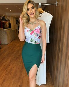 Floral Attire for Ladies Ladies To Make You Look Sleek Floral Dress Outfits, Boho Dress, Casual Dresses, Casual Outfits, Fashion Dresses, Cute Outfits, Summer Dresses, Maxi Dresses, Woman Dresses