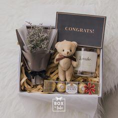 for boyfriend box Box & Tale Valentines Gift Box, Valentines Gifts For Boyfriend, Boyfriend Gifts, Boyfriend Ideas, Diy Gift Baskets, Gift Hampers, Diy Birthday, Birthday Gifts, Celebration Box