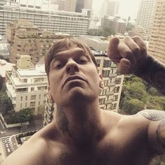 Brent Smith Shinedown, Im In Love, Music Bands, Music Is Life, Rock Bands, Good Morning, Tokyo, Fangirl, Eye Candy