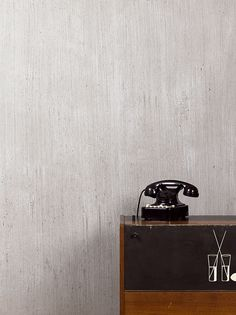 Cemento is a textured plaster finish with a concrete effect, suitable for use on interior surfaces. Turntable, Concrete, Design, Walls, Cement, Record Player, Wands, Wall