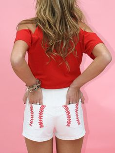 cute baseball shorts, love these for baseball season (but longer lol) Baseball Shorts, Baseball Games, Baseball Outfits, Baseball Clothes, Baseball Jewelry, Baseball Fashion, Soccer, Looks Style, Style Me