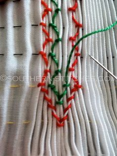 SewNso's Sewing Journal: vertical smocking / creating diamonds