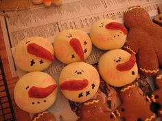 Ornamental Gingerbread Dough  The how-to for the snowmen on another link.