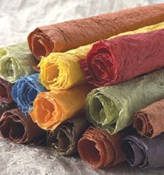 Hanji paper has some beautiful colours. In Korea there tends to be deep sensitivity to colour - especially food, clothing and of course......paper