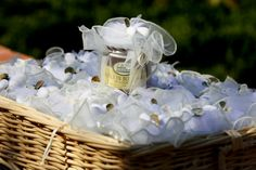 Organic Honey Wedding Favours, Gifts, Bonboniere from the Buranco Vineyard. By Cinque Terre Wedding. www.cinqueterrwedding.com