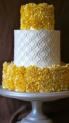 yellow and white cake with texture - loving it.