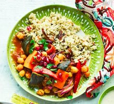 Discover BBC Good Food's best-ever healthy dinner ideas. Get inspired by our nutritious, triple-tested recipes including vegetarian, vegan and meat options.