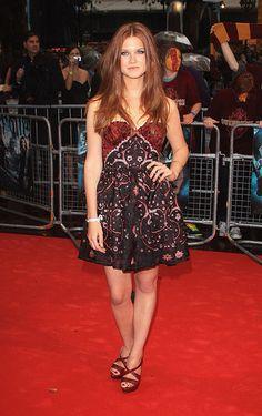 Bonnie Wright- Ginny Weasley! So pretty!