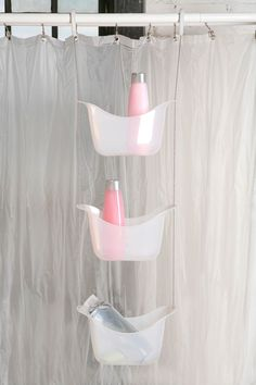 Super Shower Storage