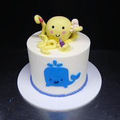 🐙🐳 #customcake #cake #cakelovers #honolulu #hawaii #cakeworks