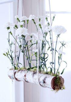DIY Floating Carnations Great what flowers do - Frühling. Deco Floral, Arte Floral, Floral Design, Ikebana, Fleurs Diy, Deco Nature, Art Nature, Carnations, Garden Art
