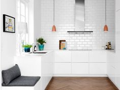 34 Home Decor Trends That Will Rule 2019 Ikea Kitchen, Kitchen Interior, Kitchen Dining, Kitchen Decor, Voxtorp Ikea, Room Inspiration, Interior Inspiration, Victorian Kitchen, Home Decor Trends