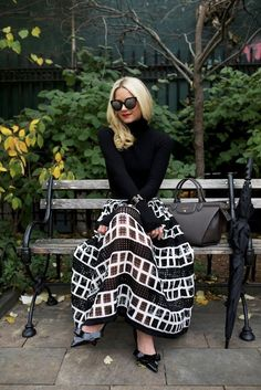 Atlantic-Pacific is a fashion and personal style site by Blair Eadie. White Fashion, Look Fashion, Girl Fashion, Autumn Fashion, Fashion Outfits, Womens Fashion, Fashion Usa, Ladies Fashion, Street Fashion