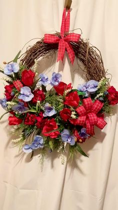 Wreaths For Front Door, Door Wreaths, Grapevine Wreath, Burlap Wreath, Spring Wreaths, Summer Wreath, Holiday Wreaths, Entryway Decor, Office Decor