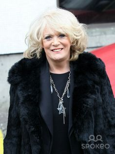 Sherrie Hewson British Actresses, Pearl Necklace, Pearls, Fashion, String Of Pearls, Moda, Beaded Necklace, Fashion Styles, Beads