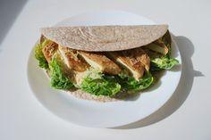 Wegetariańska tortilla a'la cezar z tofu | nieco dzienność