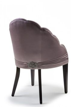 Frivolous Fabulous - A Pretty Seat for Miss Frivolous Fabulous