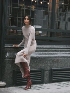 How to do London street style - Streets Ahead Source b Winter Outfits For Teen Girls, Fall Winter Outfits, Autumn Winter Fashion, Winter Dresses For Work, Modest Winter Outfits, Dress Winter, Black Outfits, Fall Dresses, Casual Outfits