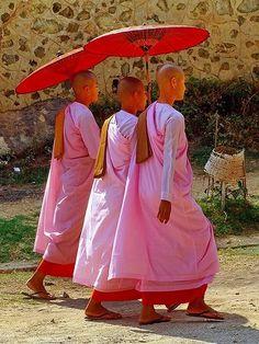Myanmar Travel, Burma Myanmar, Asia Travel, Vacation Travel, We Are The World, People Around The World, Tai Chi, Buddhist Nun, Buddha
