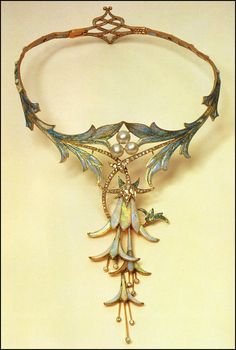 Necklace designed by Alphonse Mucha and made by jeweler Gorges Fouquet (1905)