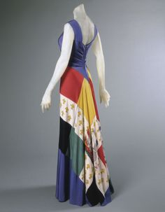 Evening Dress Elsa Schiaparelli, 1940 The Philadelphia Museum of Art