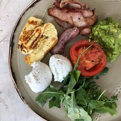Our first breakfast in Brisbane 🤩 Off to an amazing start on our holiday 👌 Brisbane, Keto Recipes, Avocado, Low Carb, Dinner, Breakfast, Amazing, Holiday, Instagram