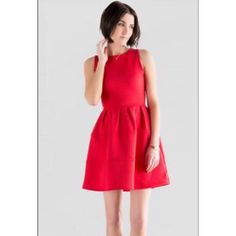 Beautiful red dress, VERY NEW- NEVER WORN From francesca's, lays about 4 inches above the knee. Originally got it for Homecoming but didn't end up wearing it so its new. Alya Dresses Midi