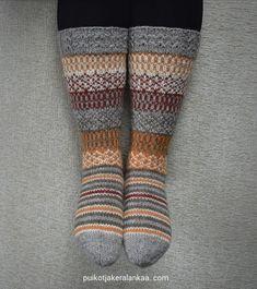 Knitting Socks, Knitting Ideas, Knit Socks, Fun Projects, Mittens, Sewing Crafts, Diy And Crafts, Knit Crochet, Handmade