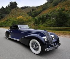 doyoulikevintage: 1934 Graber Duesenberg J. Classic and antique cars. Sometimes custom cars but mostly classic/vintage stock vehicles. Retro Cars, Vintage Cars, Duesenberg Car, Art Deco Car, Classy Cars, Cabriolet, Unique Cars, Amazing Cars, Awesome
