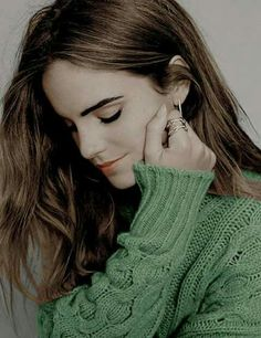 Emma Watson photographed by Bernardo Doral for Elle Spain, October 2015 Style Emma Watson, Emma Watson Belle, Emma Watson Estilo, Ema Watson, Emma Watson Beautiful, Pretty People, Beautiful People, Elle Spain, Hermione Granger