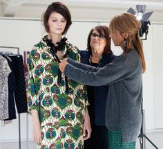 H&M usually waits a few months before announcing their next designer collaboration, but just a few weeks after the explosion of its first Versace collection, they've announced a forthcoming spring collection from Marni. Collection Capsule, Spring Collection, Kenzo, Talk Is Cheap, Yasmina Rossi, Versace, Paulette Magazine, H&m Collaboration, Love Fashion