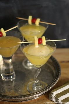 """Gin-Ginger """"Zing"""" Cocktail - Celebrations at Home"""