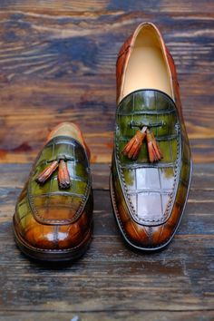 http://chicerman.com dandyshoecare: Singapore Sling Anew Patina by Alexander Nurulaeff - Dandy Shoe Care for a lucky collector of bespoke shoes from Singapore: Mr.B.G. Staytuned to find out many other spectacular HD images of these extraordinary shoes. #menshoes