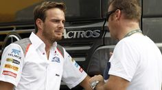 The Sauber Formula One team has used the issue of safety in its desperate fight to stop Giedo van der Garde from racing its car in the Australian Grand Prix on March 15.The team was in court in ...