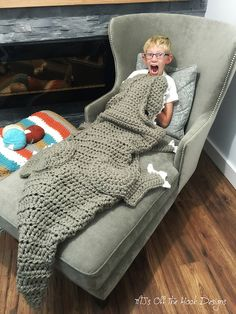 Ravelry: Bulky & Quick T-Rex Blanket pattern by MJ's Off The Hook Designs