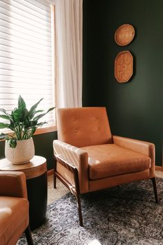 The Nord chair is a tan leather accent chair that is both stylish and effortless. Photo by Kitty Cotten. #LeatherChair #TanLeatherChair #LivingRoom