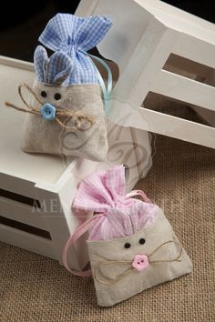 Μπομπονιέρα βάπτισης μπουγκάκι ποντικάκι