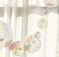 Acrylic Globe Bubble Ball Garland is a perfect choice for customers seeking an inexpensive alternative to my real glass bubbles. Measures 8 feet in length. clear line connects the bubbles together. Bubble Birthday Parties, Bubble Party, Spa Birthday, Birthday Ideas, Bubble Bobble, Champagne Bar, Spa Party, Creative Activities, Unicorn Party