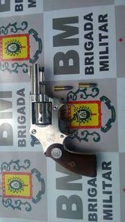 INFORMATIVO GERAL: Apreensão de aluna com revólver na mochila em esco...