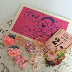 ピンクの物をセットにしてみました。一セット限りの限定品です。ヴィンテージ日本製カボションのバラ     2個18x20㎜ ヴィンテージ日本製ピンクの小さなフー...|ハンドメイド、手作り、手仕事品の通販・販売・購入ならCreema。