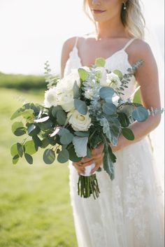 Just picked from the garden look is one of my favorites! Flowers For You, Wedding Flowers, Wedding Dresses, San Diego Wedding, Floral Crown, Timeless Design, Unique Weddings, Greenery, Reception